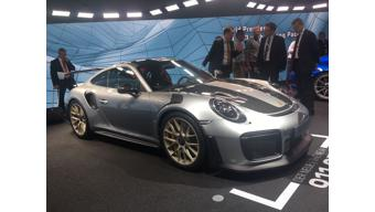 Frankfurt Auto Show 2017: Porsche showcases 911 GT3 Touring Package