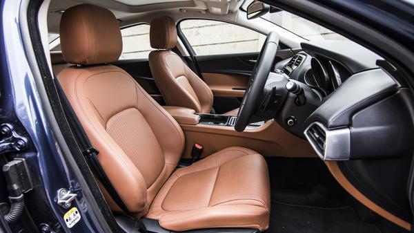 Jagaur XE JLR First Drive Review CarTrade Interior Photos Images Pics India 20160301 01