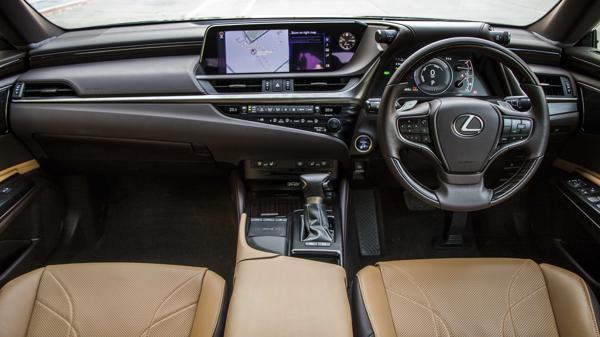 2018 Lexus ES300h First Drive Review