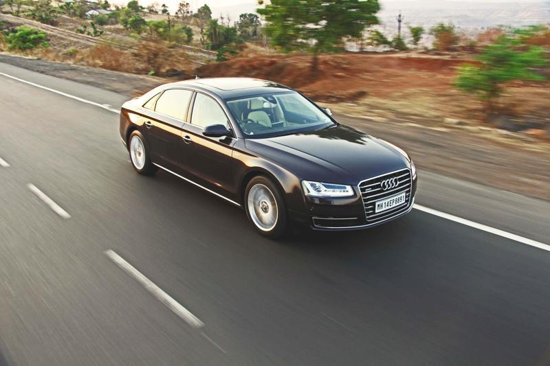 Audi A8 L Photos 22