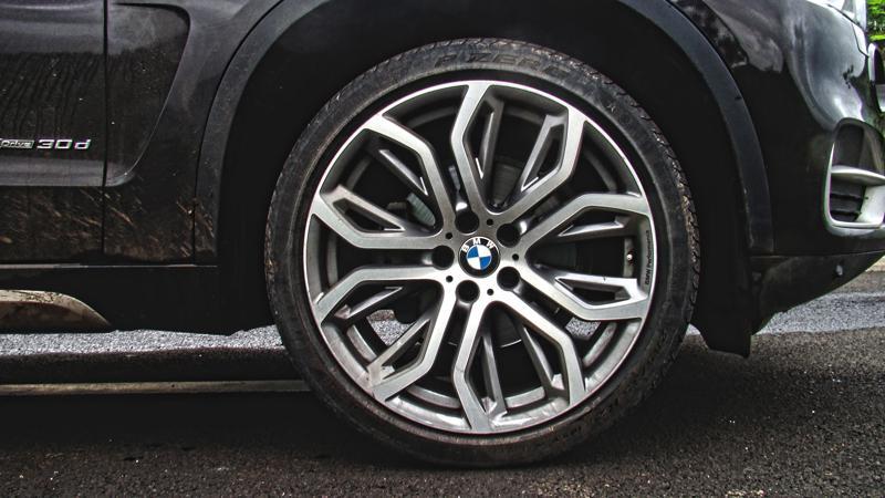 BMW X5 Photos 12