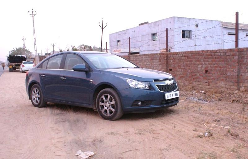 Cruze   Front Right