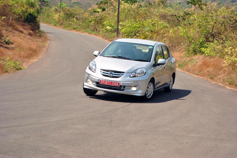 Honda Amaze Cornering image