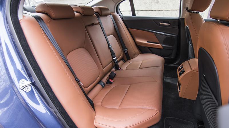 Jagaur XE JLR First Drive Review CarTrade Interior Photos Images Pics India 20160301 02