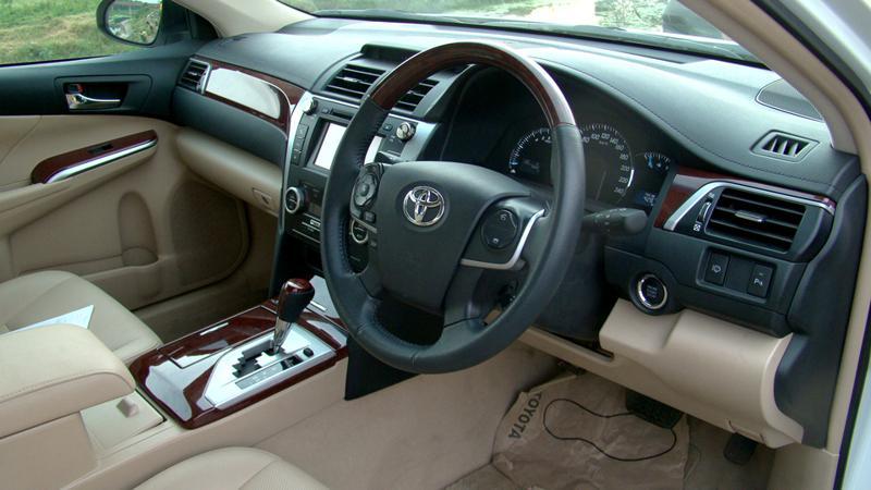 Toyota Camry Interior image
